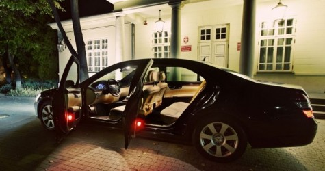 <BR />Transport VIP